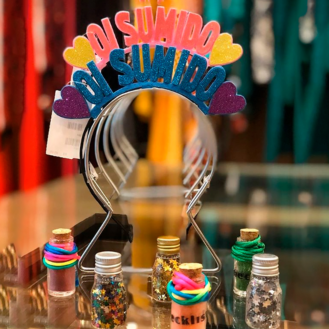 Adereços podem ser protagonistas dos looks de Carnaval