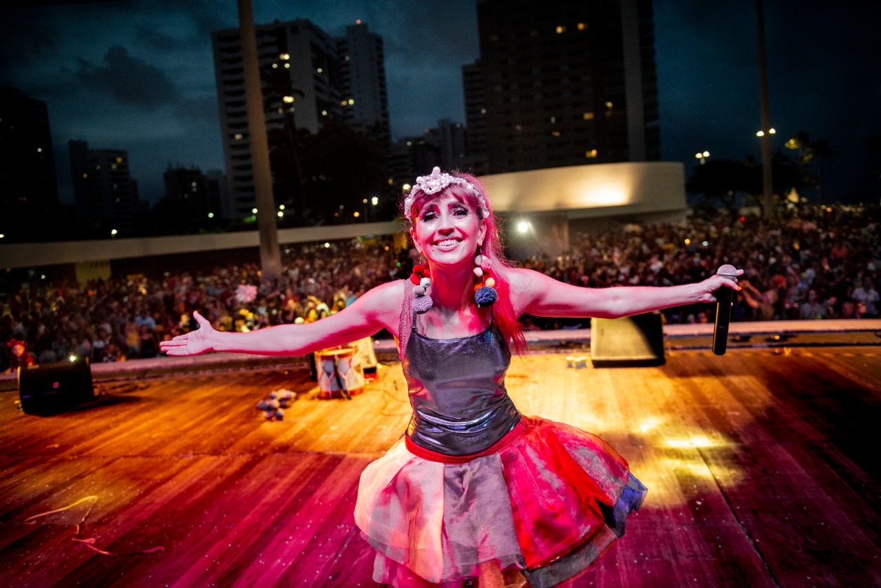 """Fada Magrinha apresenta o show """"Caixinha de Ritmos"""" no Carnaval 2020"""