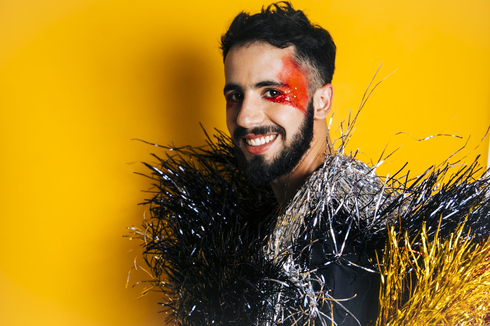Romero Ferro mistura brega wave e frevo no carnaval 2020