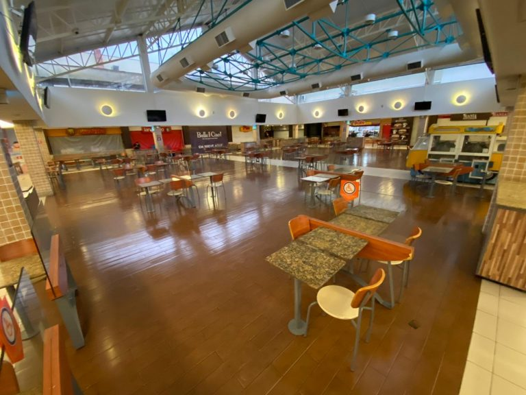 Após adiamento Shopping Costa Dourada faz abertura responsável nesta segunda (15)