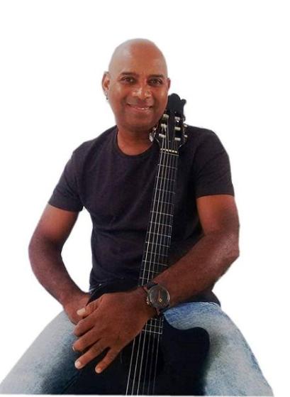 Adellmo Dos Passos levanta a cultura Pernambucana em live neste sábado (13)