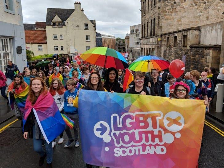 Em 2021, Escócia será o primeiro país no mundo a ensinar sobre LGBTQ+ nas escolas