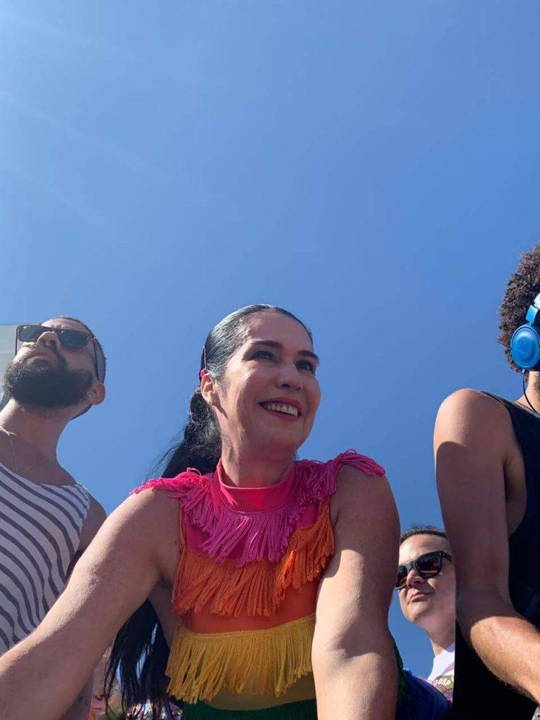 Rádio Frei Caneca FM estreia programa sobre sexualidade com Maria do Céu e DJ Pax no comando