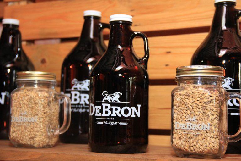 DeBron Bier oferece delivery de chope em growler