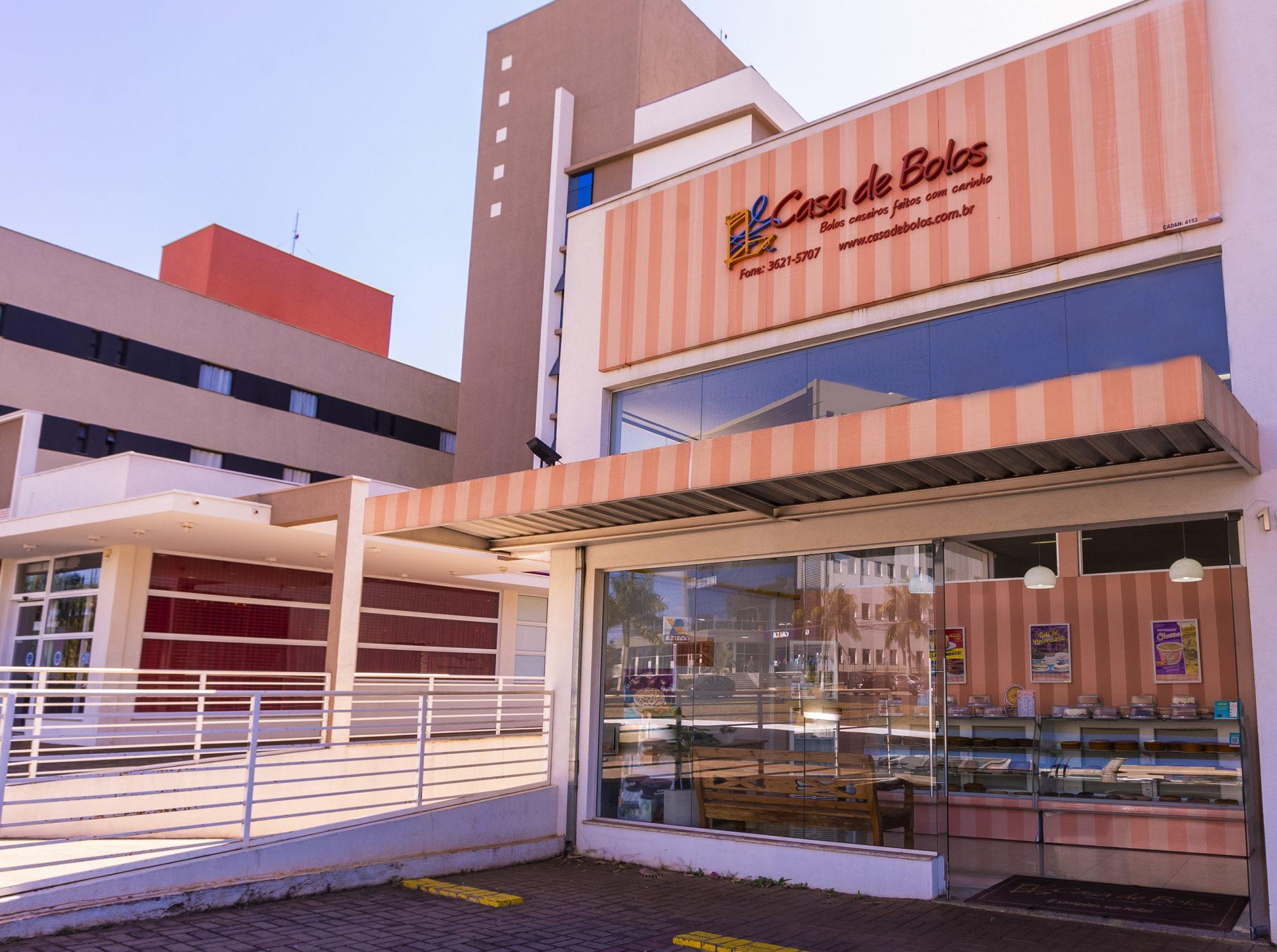 Empreendedora recifense inaugura mais uma loja da Casa de Bolos em Recife