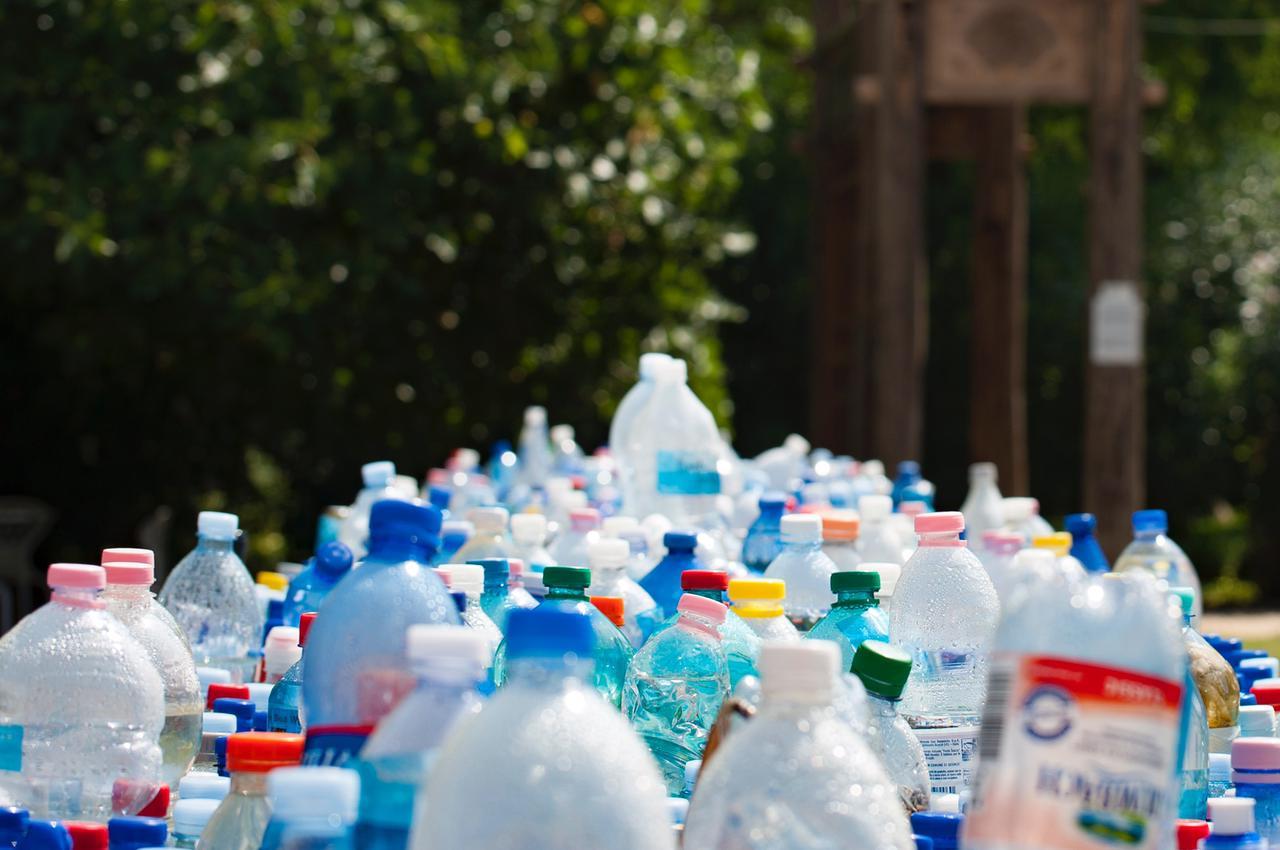 Lixo e cuidados com o Meio Ambiente são debatidos com o público infantil em Casa Forte