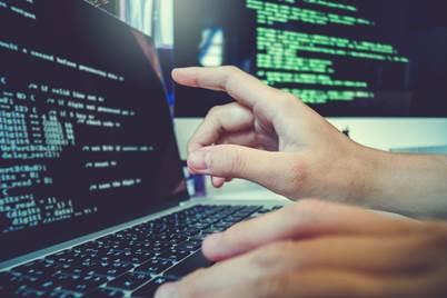 Faltam profissionais especializados e sobram vagas no mercado digital