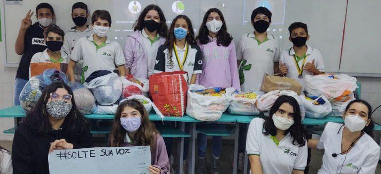 Crianças fazem campanha em prol do Lar Paulo de Tarso