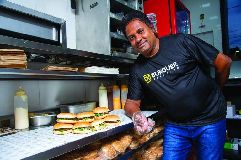 No Recife, ex-vendedor ambulante apresenta modelo de negócio voltado para periferias