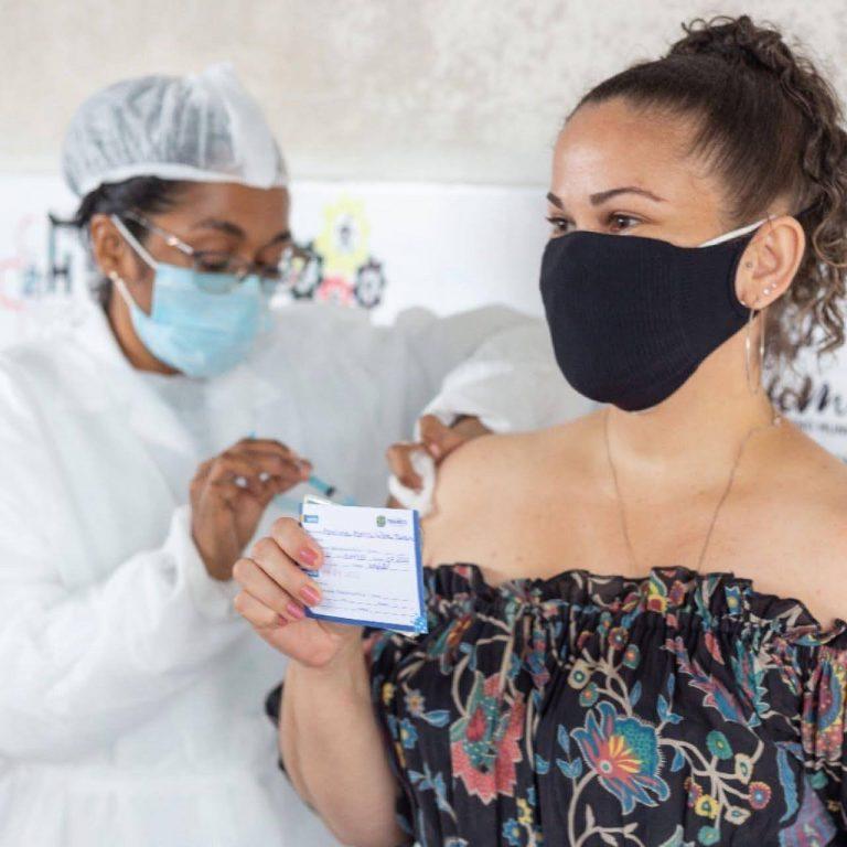 Itapissuma amplia vacinação para novo grupo sem comorbidades com idade a partir dos 25 anos ou mais nesta segunda (02)